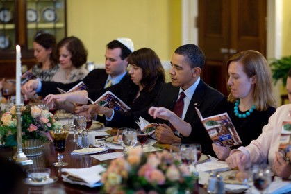 Passover_Seder_Dinner_at_the_White_House_2010